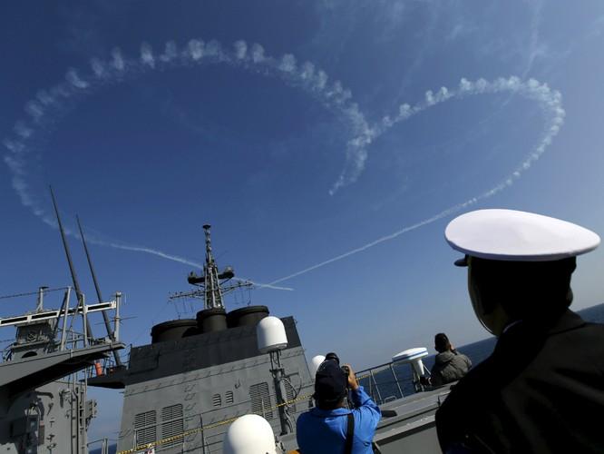 Hạm đội Nhật trình diễn sức mạnh quân sự ảnh 8