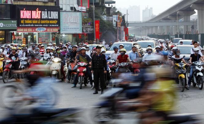 Cảnh sát cơ động xuống đường: Hết cảnh bò đến cơ quan ảnh 1