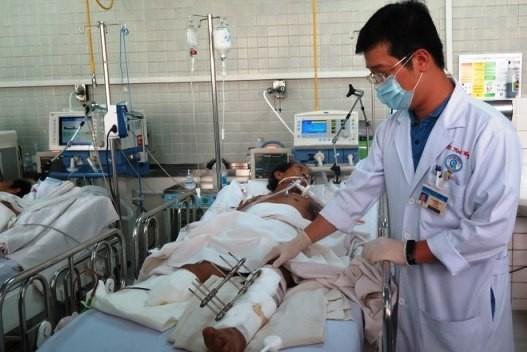 Bộ Y tế giải thích lợi ích khi tăng giá 1.800 dịch vụ y tế ảnh 2