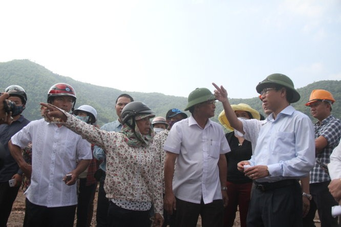 Vừa nhậm chức, tân Bí thư Đà Nẵng đến kiểm tra bãi rác Khánh Sơn ảnh 2