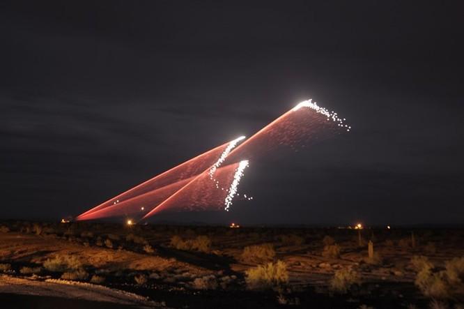 Xem súng 6 nòng Mỹ chống rocket Trung Quốc ở Afghanistan ảnh 3