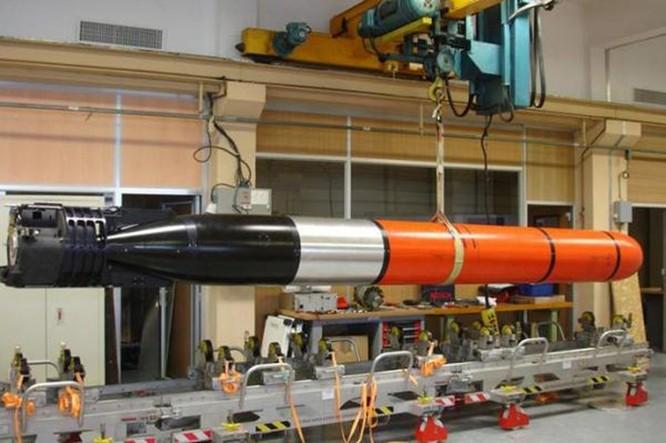 Clip sáu loại vũ khí chống tàu ngầm đáng sợ nhất ảnh 1