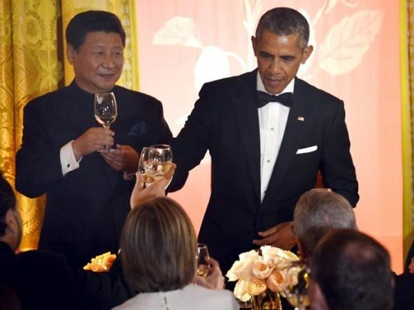 Ông Obama, ông Tập trong một buổi tiệc tại Mỹ