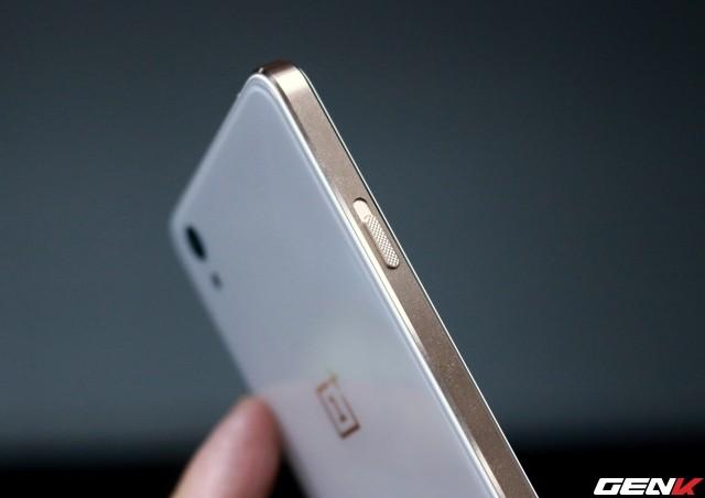 Cận cảnh OnePlus X vàng hồng đẹp như tranh vẽ đầu tiên trên thế giới ảnh 10