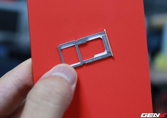 Cận cảnh OnePlus X vàng hồng đẹp như tranh vẽ đầu tiên trên thế giới ảnh 16