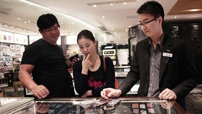 Vén màn lý do smartphone Trung Quốc có giá rẻ ảnh 4
