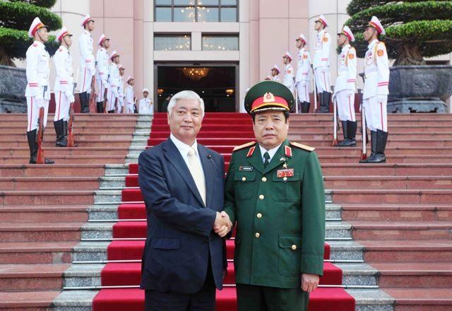 Thăm VN: Bộ trưởng Quốc phòng Nhật Bản giải thích luật an ninh mới ảnh 1