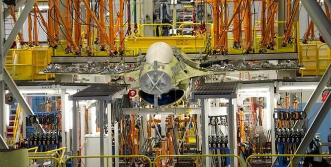 Mỹ thử nghiệm tiêm kích F-16 có thể bay đến 92 năm ảnh 1