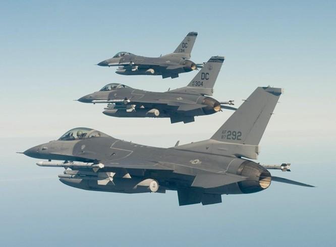 Mỹ thử nghiệm tiêm kích F-16 có thể bay đến 92 năm ảnh 2