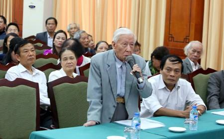 Khi ông Tập đọc thơ Bác Hồ trước Quốc hội, Bộ Giáo dục cải cách xóa môn Lịch sử ảnh 2