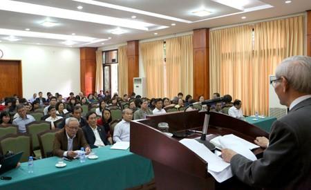 Khi ông Tập đọc thơ Bác Hồ trước Quốc hội, Bộ Giáo dục cải cách xóa môn Lịch sử ảnh 1