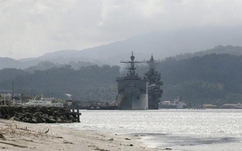 Chiến hạm Mỹ ở vịnh Subic, Philippines vào tháng 10/2014. Ảnh: Reuters.
