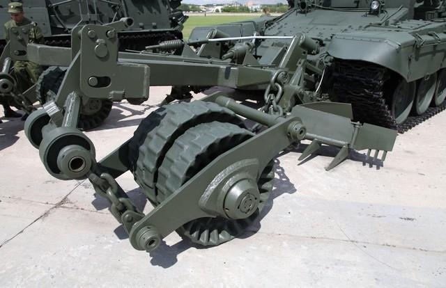 """BMR-3M """"Vepr"""" – quái vật phá mìn của Nga ảnh 2"""