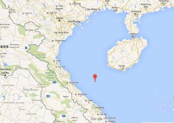 Vị trí tọa độ 17o38 N – 107o56 E được đánh dấu đỏ trên bản đồ