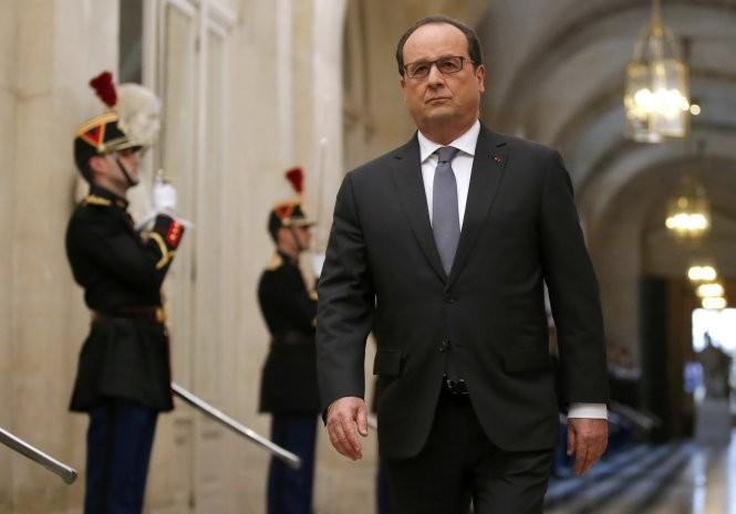 Pháp, Mỹ đưa tàu sân bay đến Trung Đông đánh IS ảnh 1