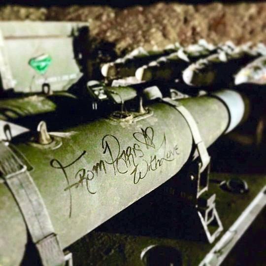 """Tên lửa """"lạ"""" của Mỹ tấn công IS ảnh 1"""