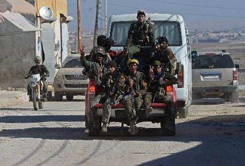 Khu vực này vẫn cần tới sự bảo vệ của lực lượng ủng hộ chính quyền Tổng thống Bashar al-Assad.