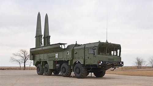 Tên lửa Iskander, thanh kiếm và lá chắn của Nga ảnh 1