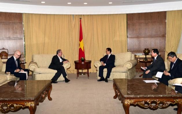 Thủ tướng Nguyễn Tấn Dũng tiếp Đại diện Thương mại Hoa Kỳ ảnh 1