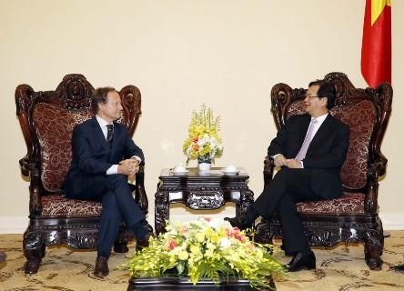 Thủ tướng tiếp Đại sứ, Trưởng phái đoàn EU tại Việt Nam ảnh 1
