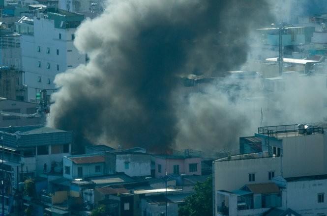 Cháy nhiều nhà ở trung tâm Sài Gòn ảnh 7