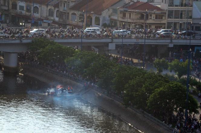 Cháy nhiều nhà ở trung tâm Sài Gòn ảnh 11