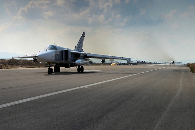 Cận cảnh đầu não không lực Nga giữa lòng Syria ảnh 7