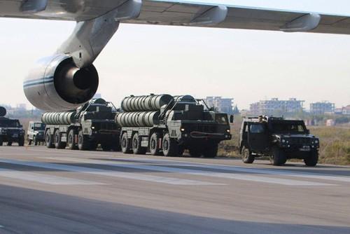 Cận cảnh đầu não không lực Nga giữa lòng Syria ảnh 1