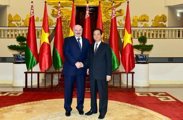 Thủ tướng Nguyễn Tấn Dũng hội kiến Tổng thống Belarus ảnh 1