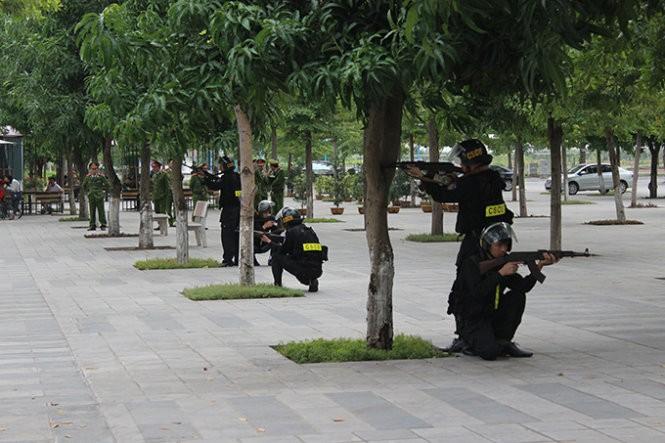 Mục kích đặc công Việt Nam diễn tập chống khủng bố ảnh 1