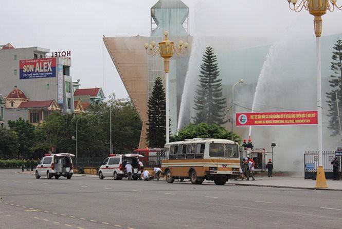 Mục kích đặc công Việt Nam diễn tập chống khủng bố ảnh 11