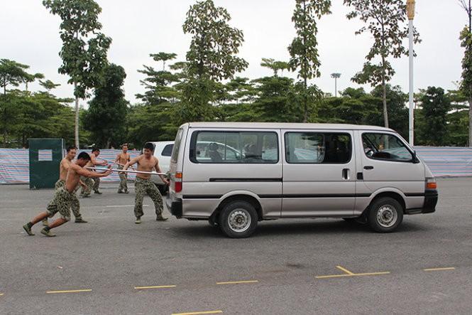 Mục kích đặc công Việt Nam diễn tập chống khủng bố ảnh 12