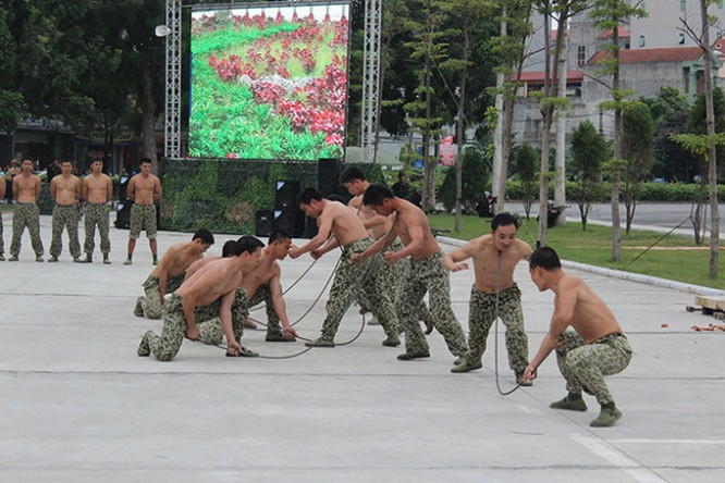 Mục kích đặc công Việt Nam diễn tập chống khủng bố ảnh 14