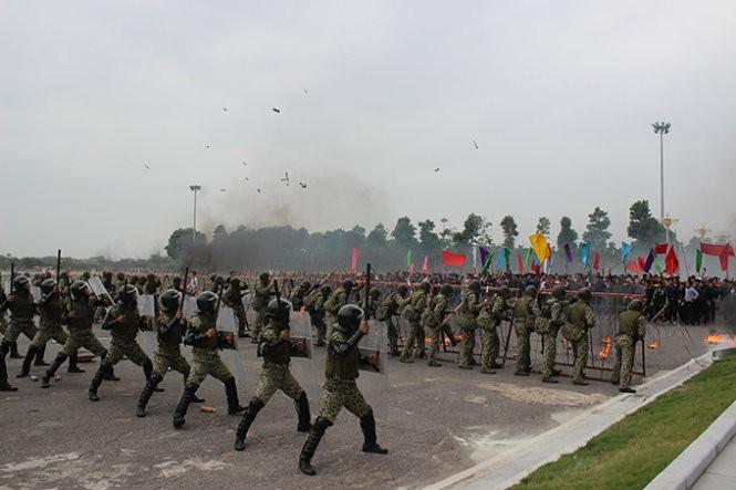 Mục kích đặc công Việt Nam diễn tập chống khủng bố ảnh 2