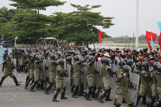 Mục kích đặc công Việt Nam diễn tập chống khủng bố ảnh 3