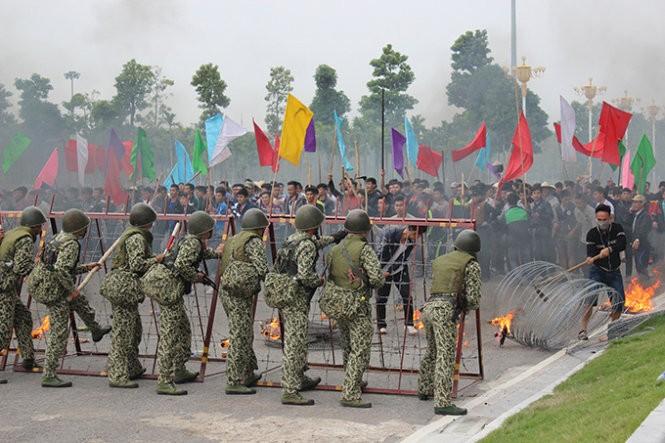 Mục kích đặc công Việt Nam diễn tập chống khủng bố ảnh 4