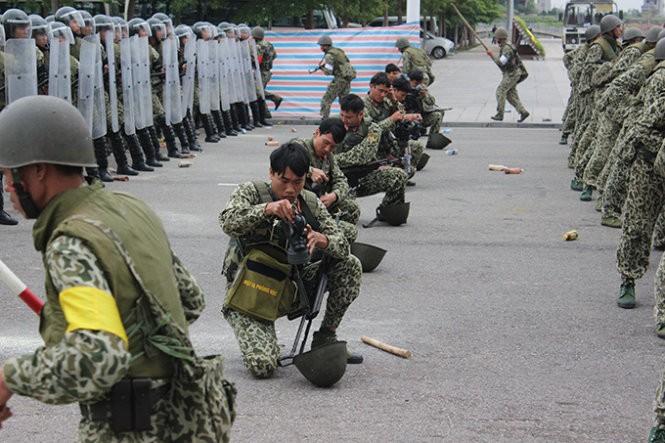 Mục kích đặc công Việt Nam diễn tập chống khủng bố ảnh 5
