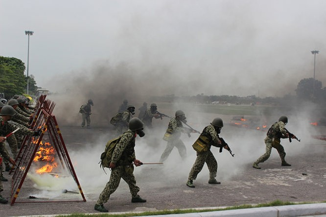 Mục kích đặc công Việt Nam diễn tập chống khủng bố ảnh 6
