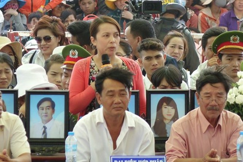 Xét xử vụ thảm sát ở Bình Phước: Dương và Tiến bật khóc khi bị đề nghị án tử hình ảnh 16