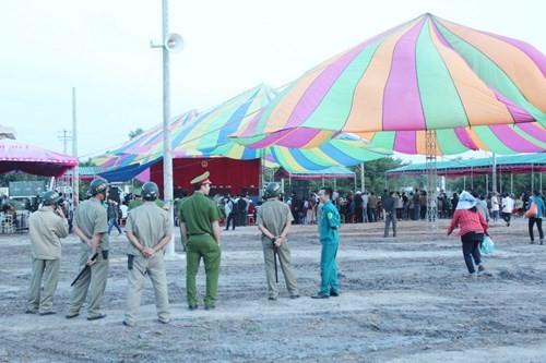 Xét xử vụ thảm sát ở Bình Phước: Dương và Tiến bật khóc khi bị đề nghị án tử hình ảnh 42