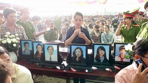 Xét xử vụ thảm sát ở Bình Phước: Dương và Tiến bật khóc khi bị đề nghị án tử hình ảnh 32