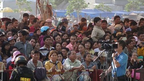 Xét xử vụ thảm sát ở Bình Phước: Dương và Tiến bật khóc khi bị đề nghị án tử hình ảnh 37