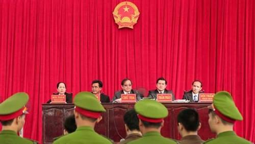 Xét xử vụ thảm sát ở Bình Phước: Dương và Tiến bật khóc khi bị đề nghị án tử hình ảnh 10