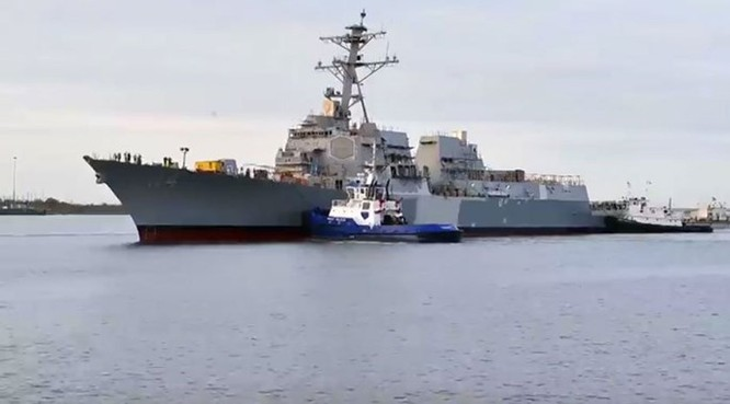 Clip Mỹ vừa hạ thủy tàu khu trục lớp Arleigh Burke thứ 64 ảnh 2
