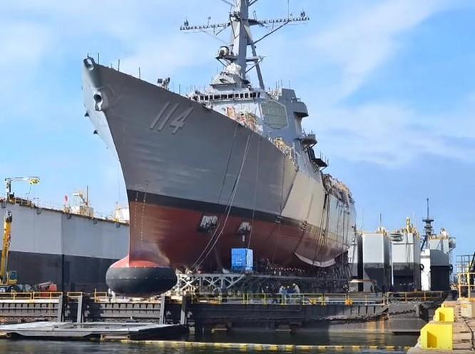 Clip Mỹ vừa hạ thủy tàu khu trục lớp Arleigh Burke thứ 64 ảnh 1