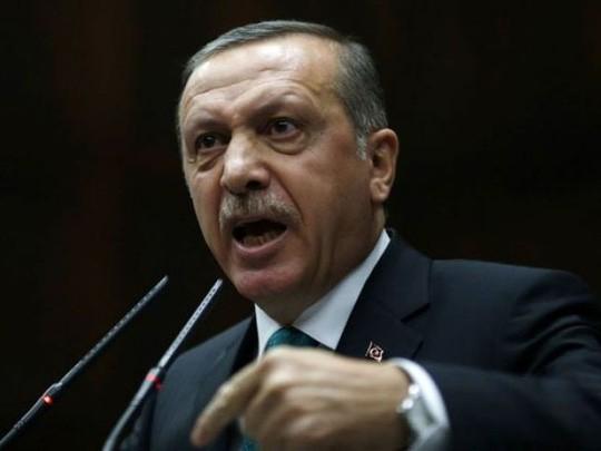 Xe tăng Thổ Nhĩ Kỳ vượt biên giới vào Syria? ảnh 1
