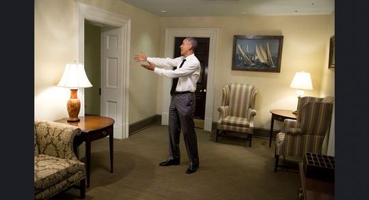 Những khoảnh khắc ấn tượng của ông Obama ảnh 7