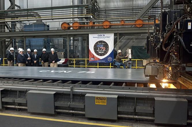 Video quá trình chế tạo siêu tàu sân bay lớp Gerald R. Ford ảnh 8