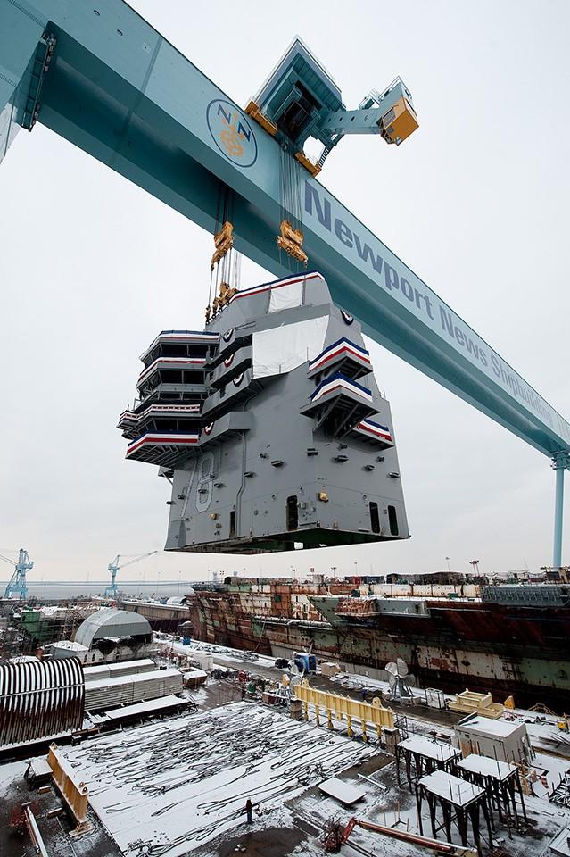 Video quá trình chế tạo siêu tàu sân bay lớp Gerald R. Ford ảnh 15