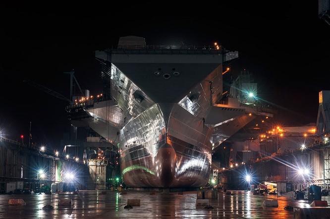 Video quá trình chế tạo siêu tàu sân bay lớp Gerald R. Ford ảnh 25